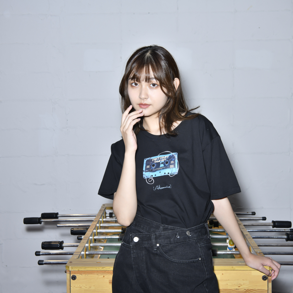 【NEW】Cassette Tape Tee(Black)