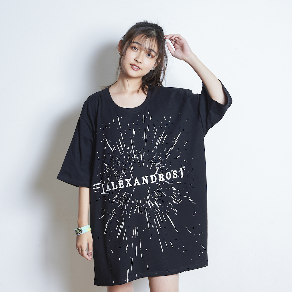【VIP NEW】BIG SILHOUETTE TEE 2018 SUMMER (BLACK)
