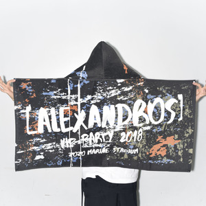 【VIP NEW】VIP PARTY 2018 HOOD BATH TOWEL