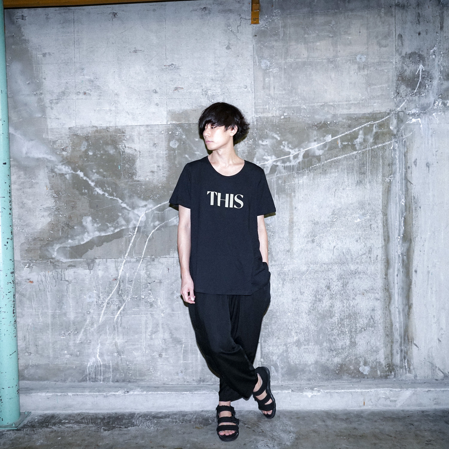 【NEW】THIS TEE