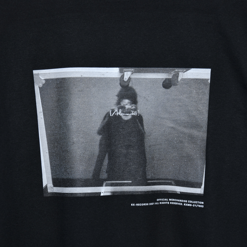 【NEW】Photo Tee(Black)
