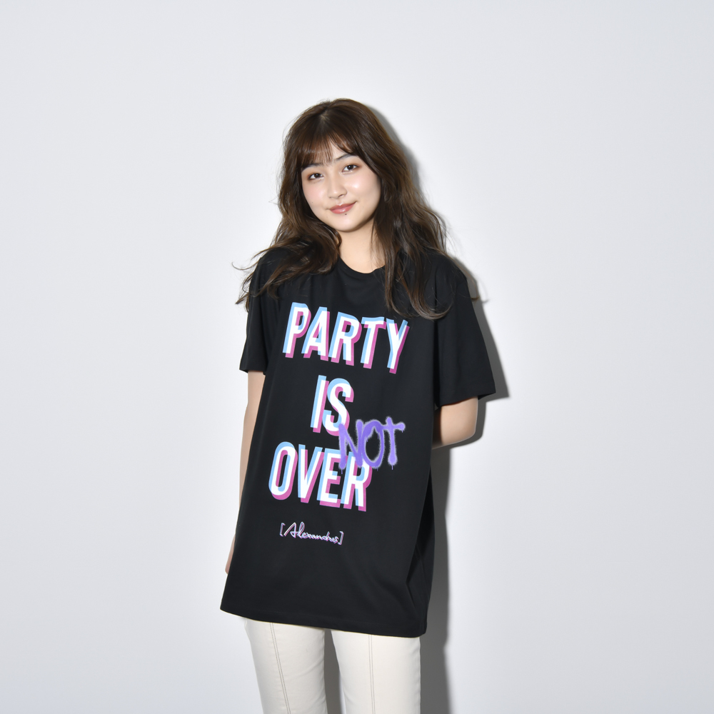 【NEW】PARTY IS NOT OVER Tee